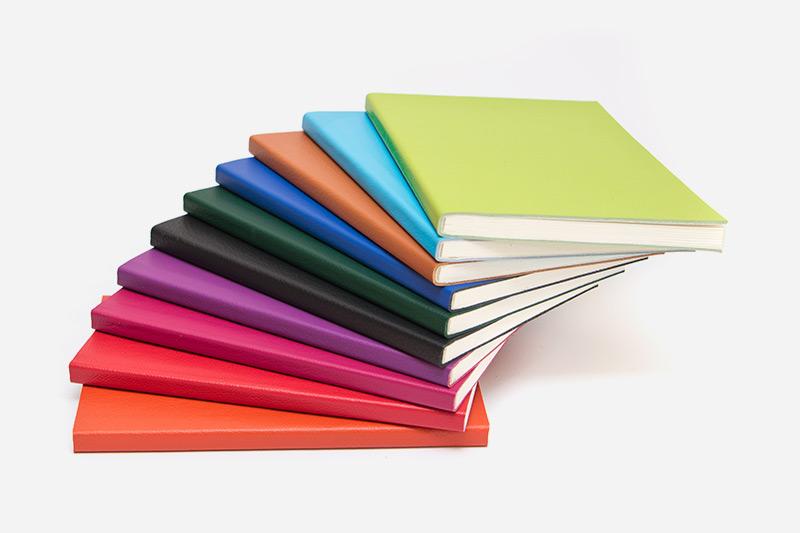 Cartoni e carte per quaderni